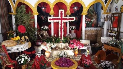 Celebración Cruz de mayo en Almeria